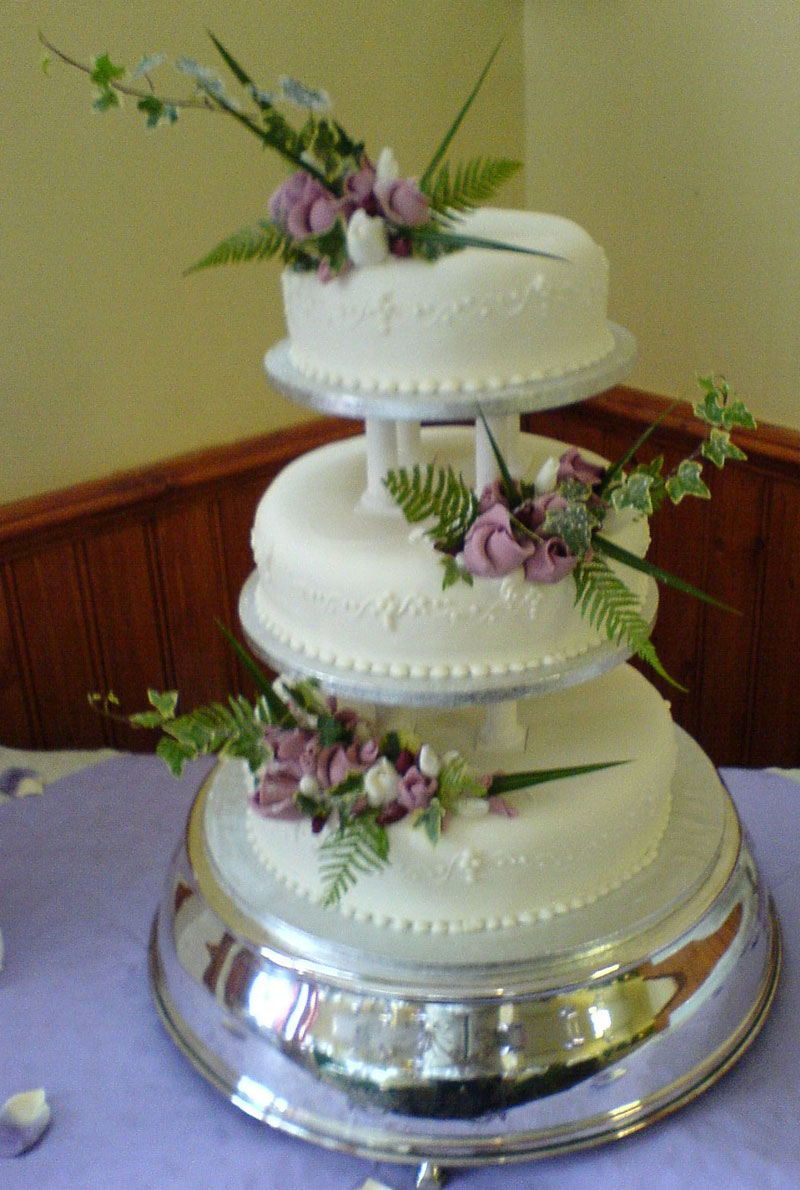 wedding cake 3 tier price plum duff pattesirie amp caterers cakes 21698